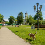 Старая Русса Памятник Достоевскому и Никольская церковь