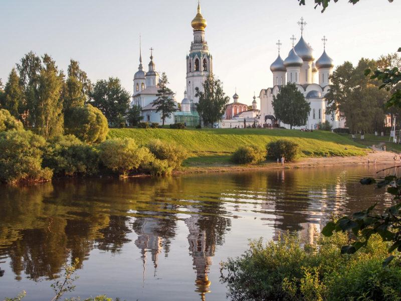 Кремль с реки Вологда