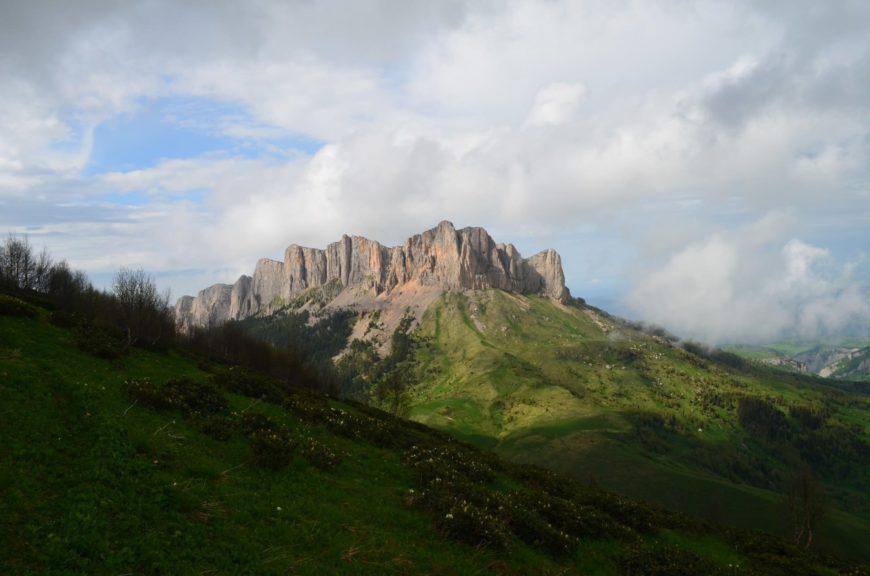 Вид на Тхач (Адыгея)