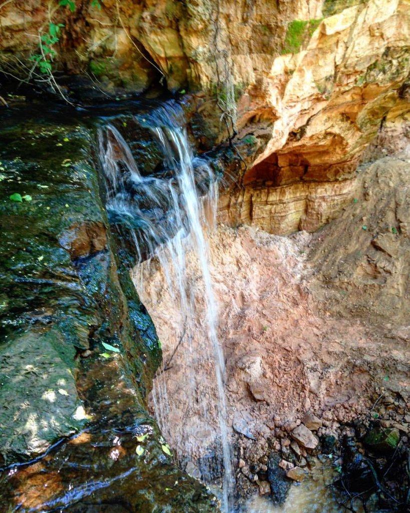 Горчаковщинский водопад на Unnamed Road, Горчаковщина (Природные достопримечательности)