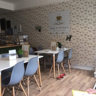 Wags & Whiskers Canine Cafe на 6 Finkle St,  Stockton-on-Tees (Кафе)