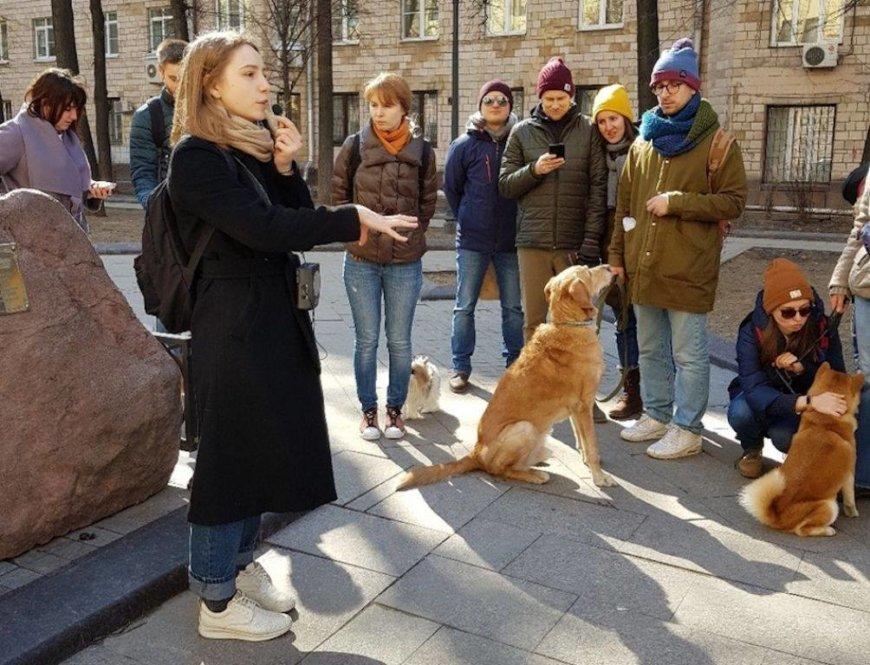 Пешеходные экскурсии по Москве на Россия, Москва (Музеи, экскурсии, зоопарки)