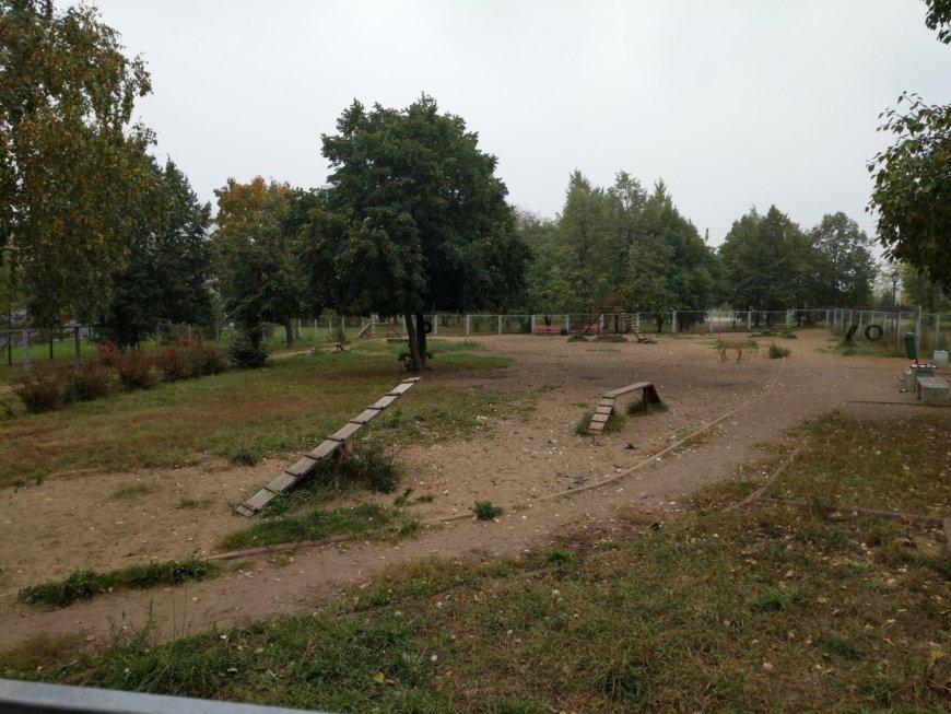 Площадка для собак в парке Печатники на Кинотеатр Тула, Москва (Площадки для собак)