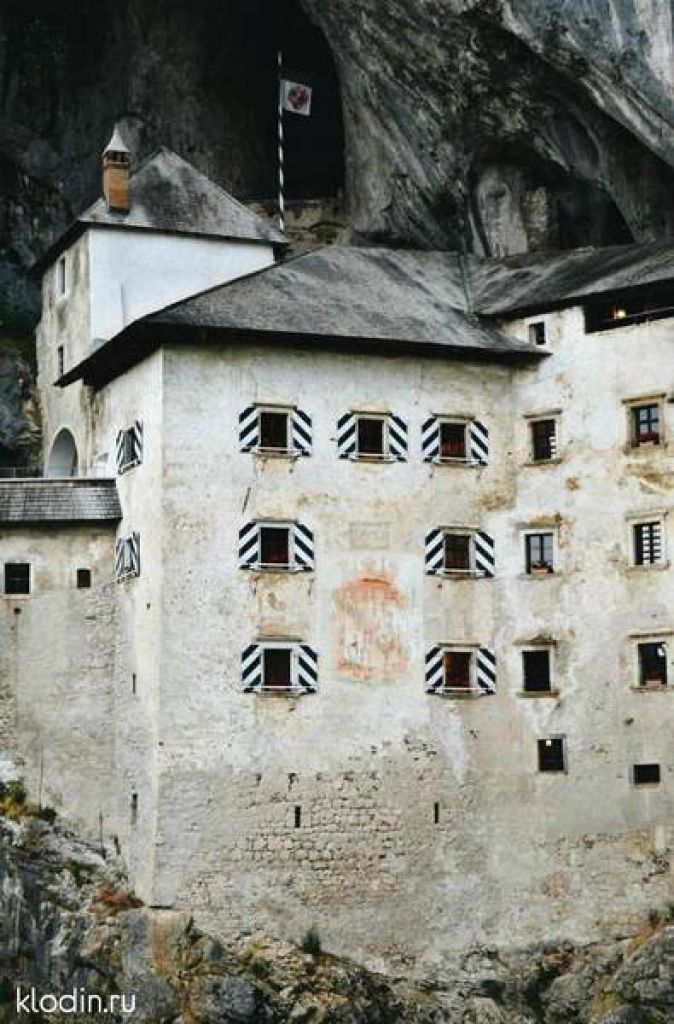 castle1.800x600w.800x600w